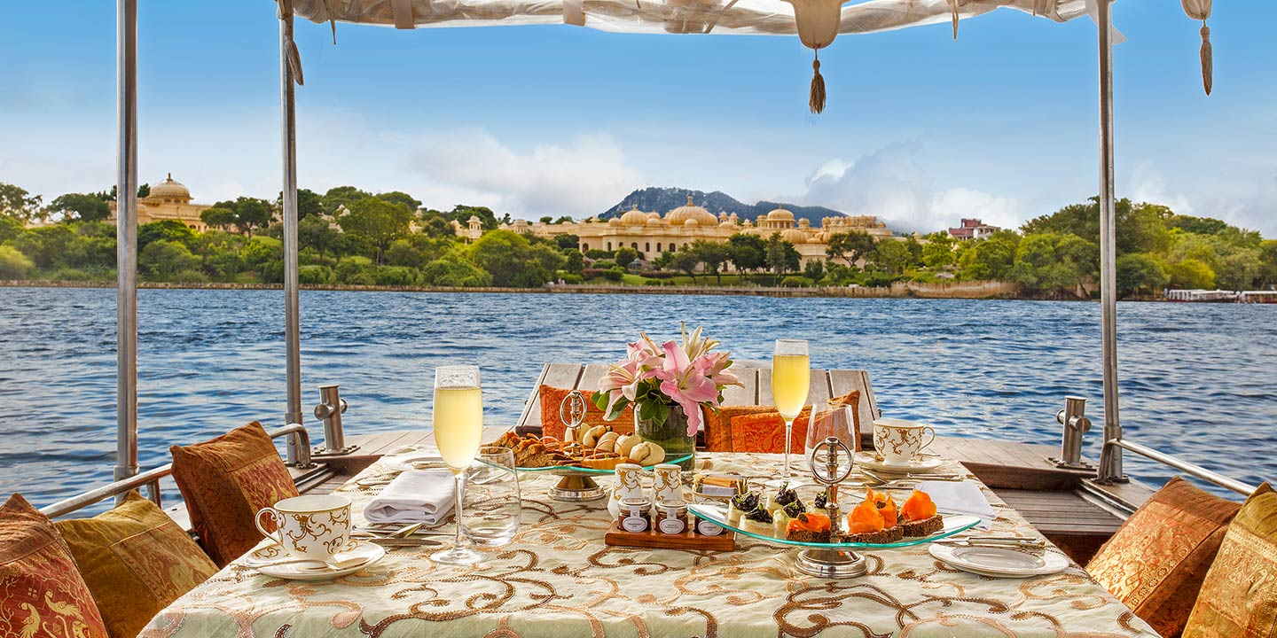 The Bar, Dine & Wine Facilities at The Oberoi Udaivilas, Udaipur