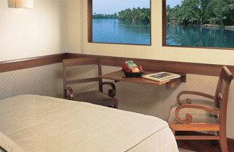 Deluxe Cabins, Luxurious & Private Accommodation - The Oberoi Motor Vessel Vrinda, Kerala