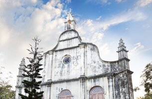 St. Francis' Church in Cochin Which Houses The Remains of Vasco Da Gama - Weekend Getaways - The Oberoi Motor Vessel Vrinda, Kerala