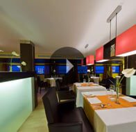 Take a 360° View of The Restaurant on The Oberoi Zahra, Luxury Nile Cruiser
